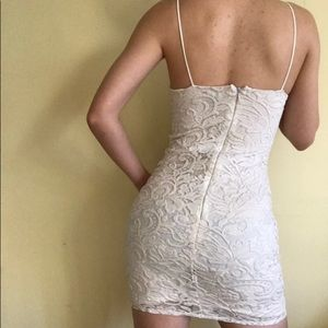 TOPSHOP White Lace Design Mini Dress